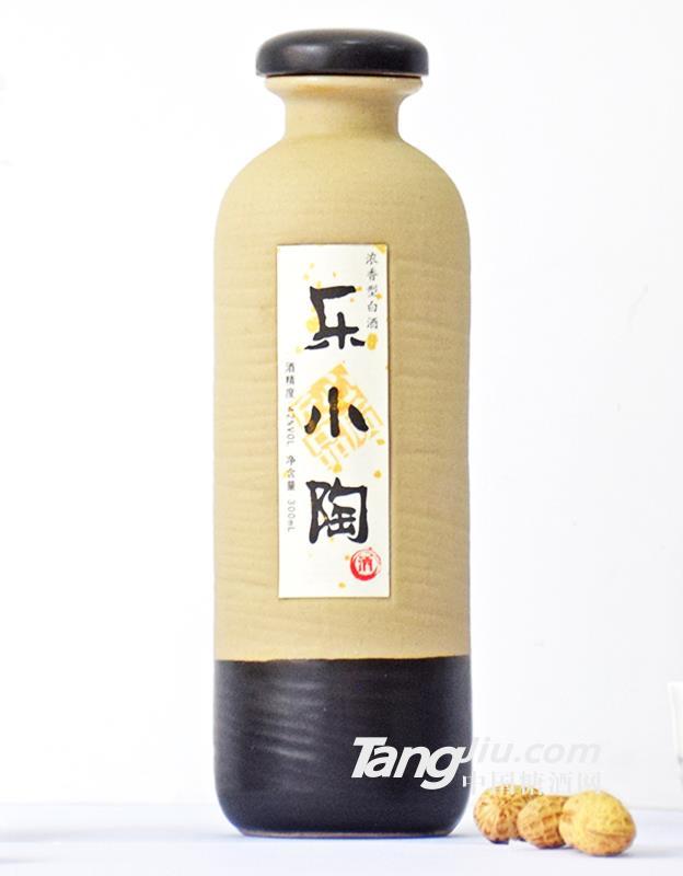 乐小陶浓香型白酒-150ml  42°