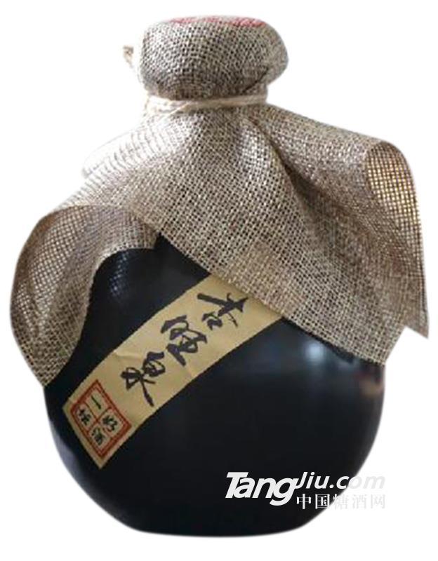 杏旺泉瓶装酒